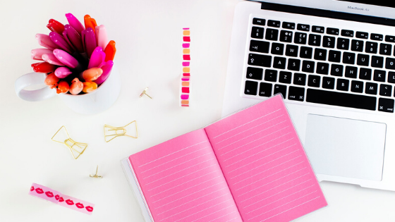 why hire freelance social media manager